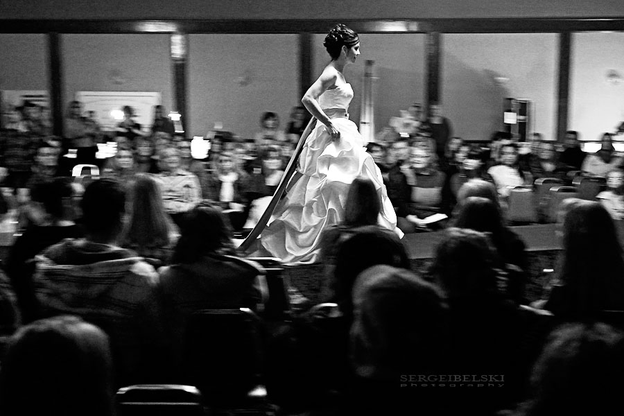 wedding photographer bridal show photo