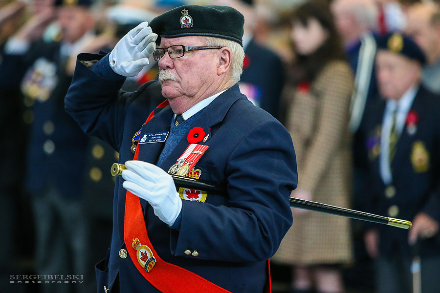remembrance day ceremony for city of airdrie event photographer sergei belski photo